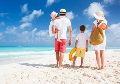 Family-Beach-400x280