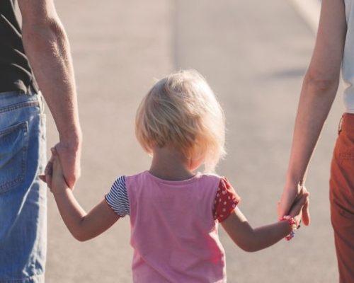 Harvardo universiteto psichologai pataria: kaip užauginti gerą vaiką
