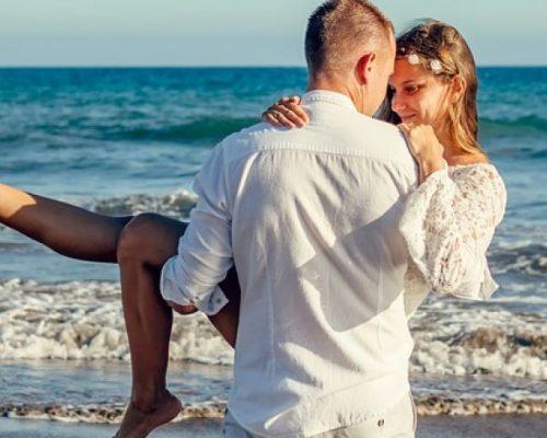 Astrologai įsitikinę: vestuvių data lemia, kokia bus santuoka